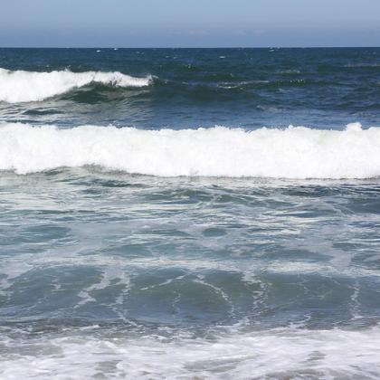 image of ocean waves